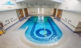 استخر زیبای هتل امیر کبیر - فروش آنلاین بلیط استخر هتل امیر کبیر اراک
