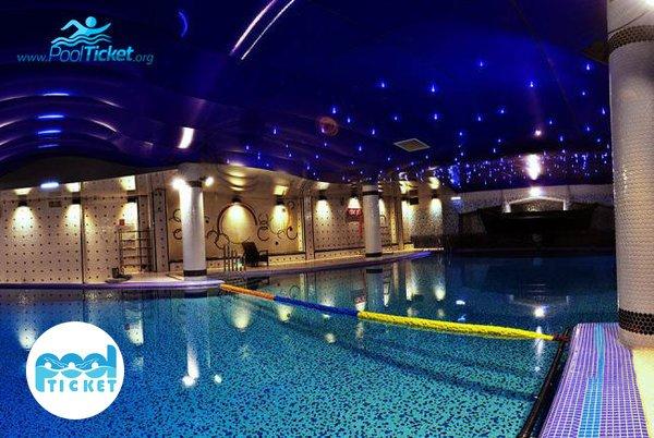 استخر کم عمق هتل پردیسان مشهد