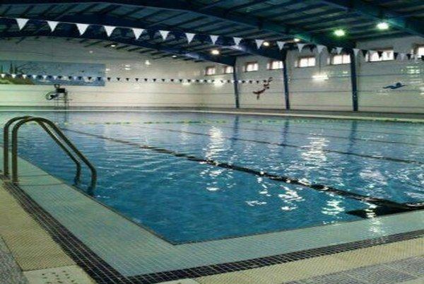 استخر شنا شهدای ورزشکار فلاورجان- تخفیف از پولتیکت