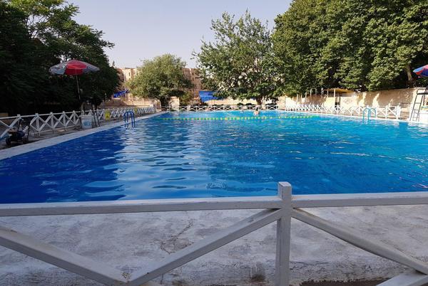 استخر روباز ارمغان مهرشهر البرز- تخفیفان استخر