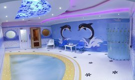 سونا و جکوزی هتل اسپینو مشهد- استخر لاکچری