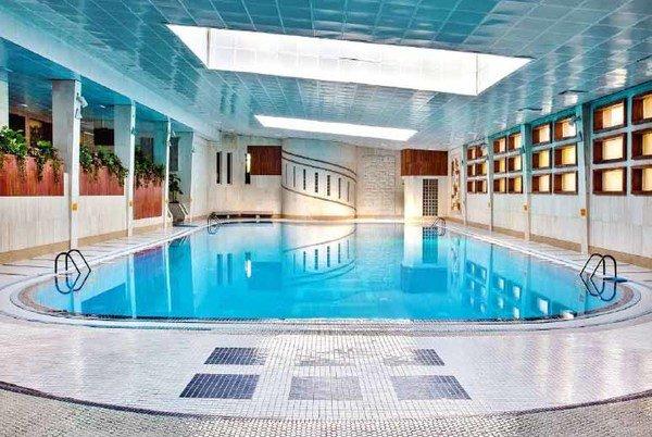 استخر هتل المپیک تهران