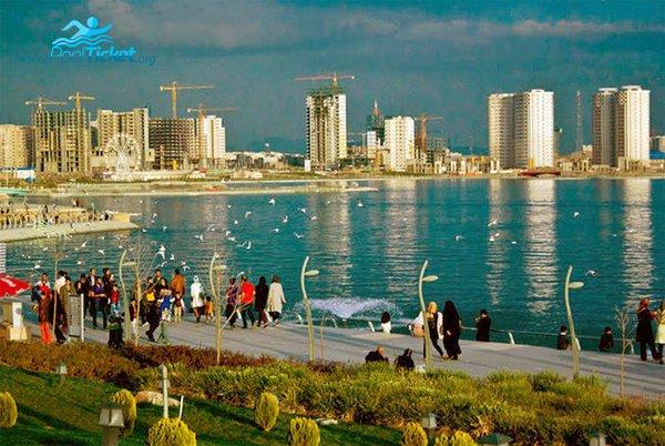 تفریح در دریاچه مصنوعی خلیج فارس تهران - مرکز رزرو بلیط استخر