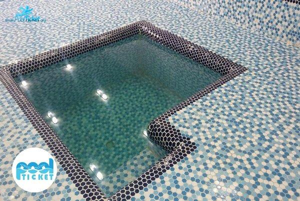 حوضچه آب سرد استخر بعثت شیراز
